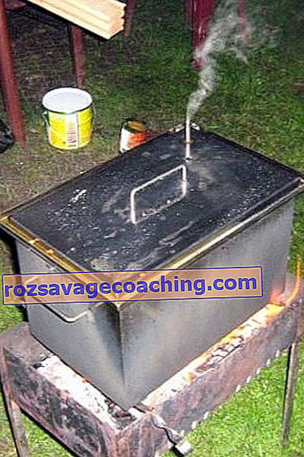 How to make a smokehouse yourself?